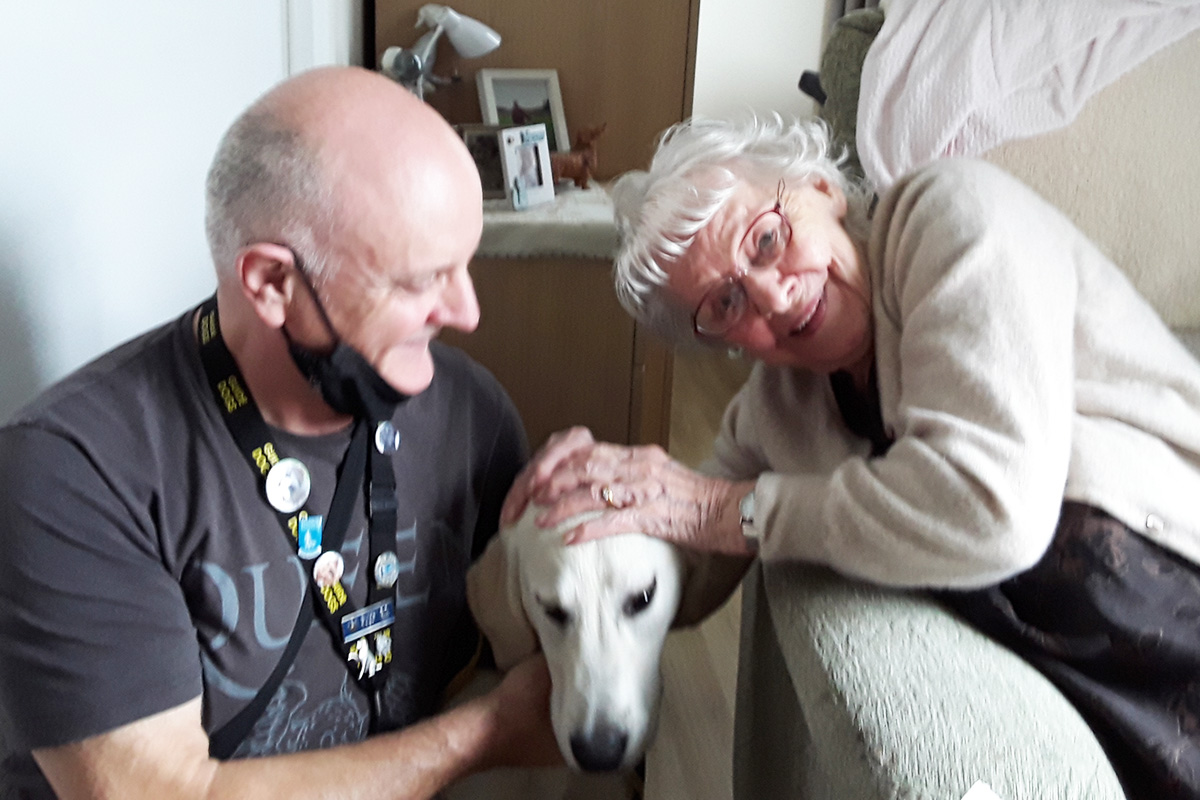 Puppy Lydia visits Meyer House Care Home residents